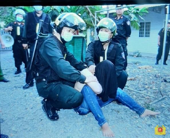 """Vụ vợ chồng """"trùm giang hồ"""" Ngô Thị Kim Cương bị bắt: Giám đốc Công an Tiền Giang nói gì? - Ảnh 1"""