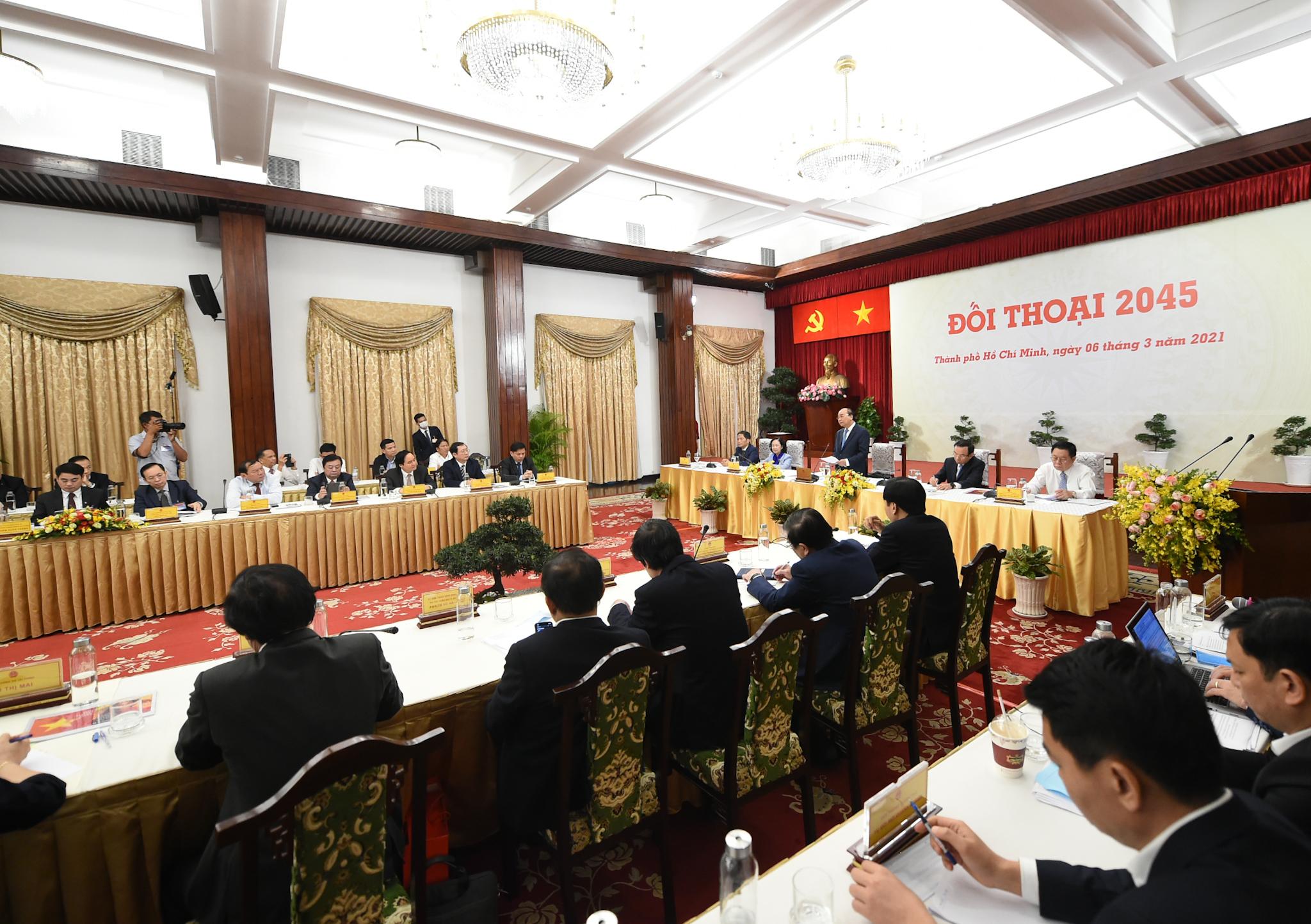 Thủ tướng: Đến 2045, sẽ xuất hiện các tập đoàn khổng lồ mang tên Việt Nam - Ảnh 2
