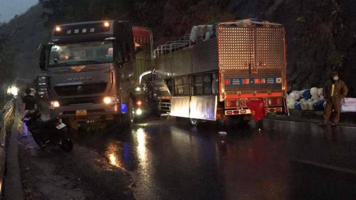Tin tai nạn giao thông ngày 5/4/2021: Người phụ nữ tử vong thương tâm sau va chạm trên quốc lộ - Ảnh 2