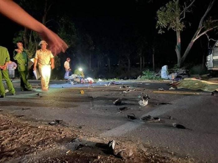 Tin tai nạn giao thông ngày 7/4/2021: Xe máy va chạm ô tô, 2 người chết - Ảnh 2