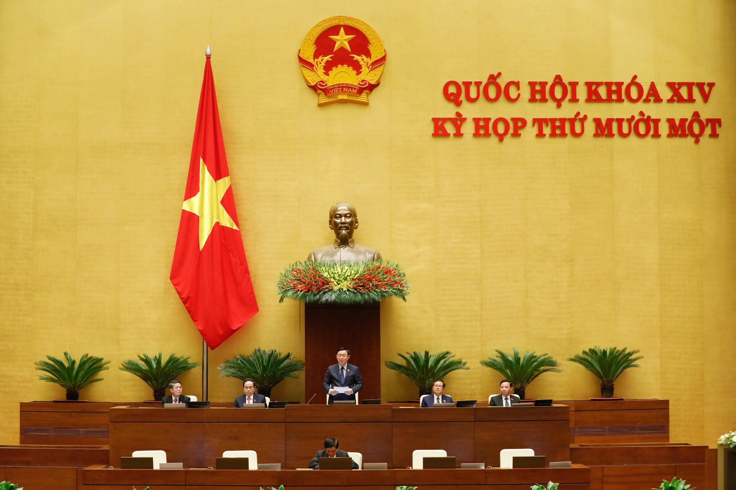 Quốc hội phê chuẩn việc bổ nhiệm 2 Phó Thủ tướng và 12 thành viên Chính phủ - Ảnh 3