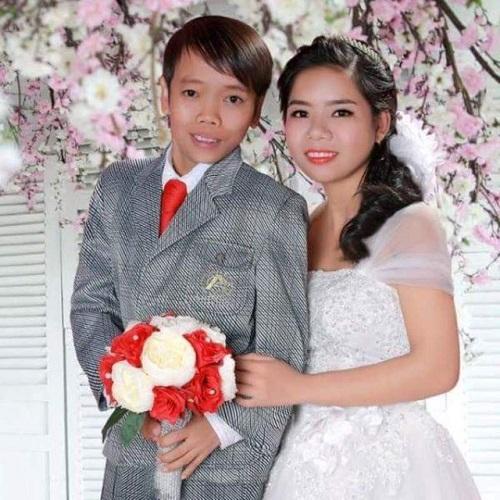 """Sự thật về đám cưới """"chú rể 8 tuổi"""" và cô dâu xinh đẹp ở Hà Tĩnh - Ảnh 3"""