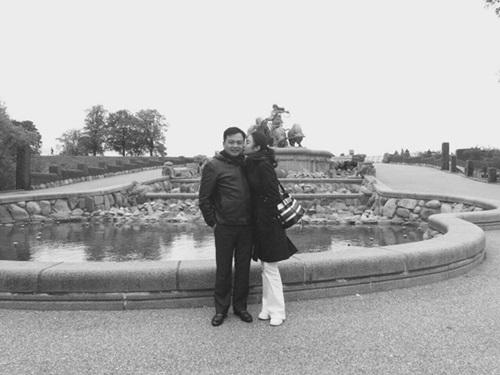 Hoa hậu Thu Ngân lần đầu khoe ảnh hôn chồng đại gia hơn 19 tuổi lúc mới yêu - Ảnh 6