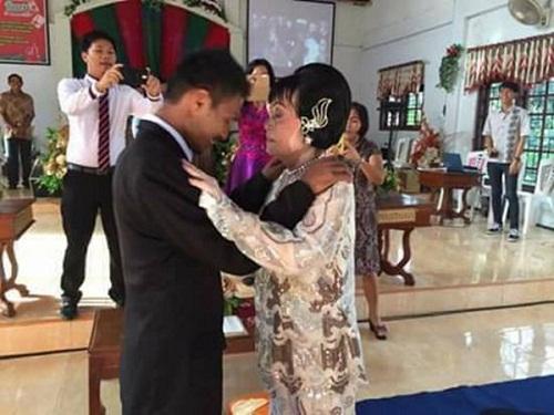 Chàng trai 28 tuổi quyết cưới cụ bà 82 tuổi - Ảnh 2
