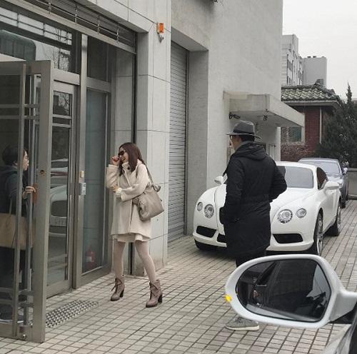 Kim Tae Hee và Bi Rain bị bắt gặp tới Mỹ du lịch sau tuần trăng mật - Ảnh 3