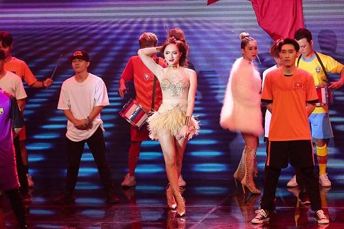 The Remix: Hương Giang Idol đánh bại Yanbi - Yến Lê bằng vũ điệu quyến rũ  - Ảnh 2