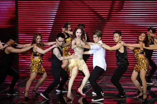 The Remix: Hương Giang Idol đánh bại Yanbi - Yến Lê bằng vũ điệu quyến rũ  - Ảnh 3