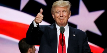 Trump được người Mỹ tin tưởng hơn cả 4 đời tổng thống trước - Ảnh 1