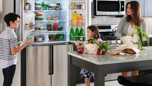 Tủ lạnh sẽ không còn mùi với những cách làm không phải ai cũng biết - Ảnh 2