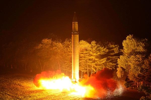 Liên Hợp Quốc áp lệnh trừng phạt mới với Triều Tiên - Ảnh 1