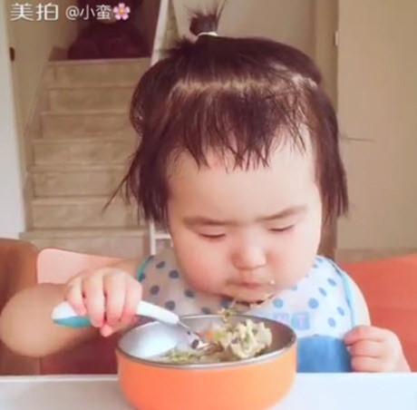 """Hình ảnh đáng yêu của ''cô bé háu ăn'' khiến cộng động mạng """"phát thèm"""" - Ảnh 3"""
