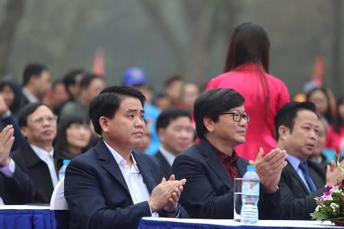 Lần đầu tiên Hà Nội tổ chức Lễ hội bơi chải thuyền rồng trên hồ Tây - Ảnh 3