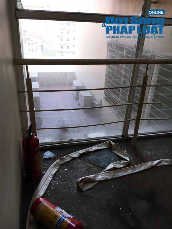 Cháy lớn tại chung cư Rivera Park: Chuông báo cháy không kêu? - Ảnh 3