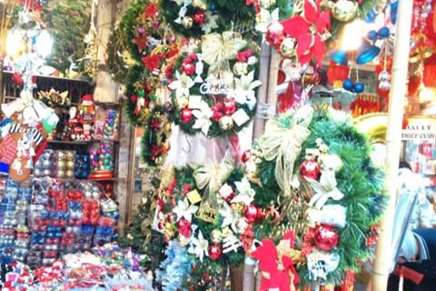 Không khí Giáng sinh lung linh sắc màu trên khắp cả nước - Ảnh 8