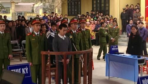 Tẩn Láo Lở - kẻ giết 4 người trong một gia đình ở Lào Cai lãnh án tử - Ảnh 1