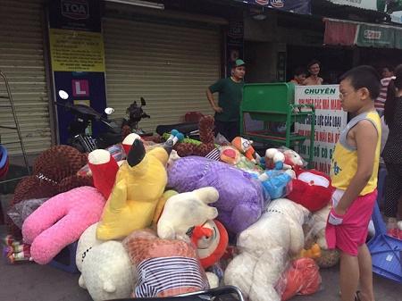 TP. Hồ Chí Minh: Cửa hàng bán gấu bông bốc cháy trước ngày Valentine - Ảnh 2