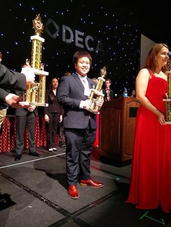 Đỗ Nhật Nam giành giải tiềm năng quản trị kinh doanh tại Mỹ - Ảnh 1