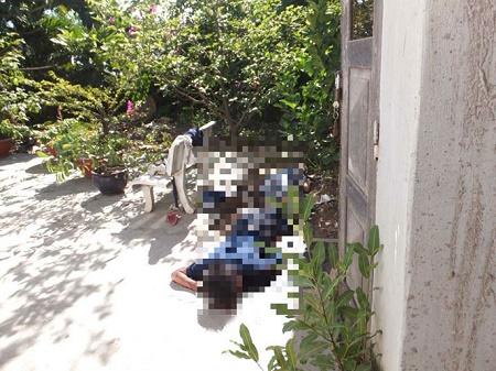 Phát hiện hai mẹ con chết bên hông nhà, cơ thể nhiều vết thương - Ảnh 1