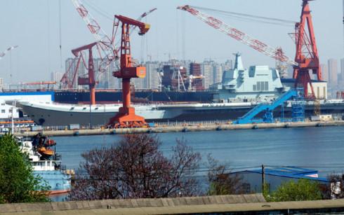 """Trung Quốc hạ thủy tàu sân bay """"made in China""""  - Ảnh 1"""