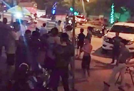 Truy tìm ba kẻ lạ mặt dùng súng tự chế bắn chết người đàn ông - Ảnh 1
