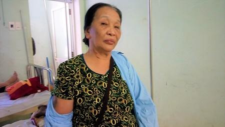 Điều tra vụ thầy giáo đánh vợ chồng ông lão hơn 70 tuổi nhập viện - Ảnh 2