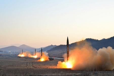 """Mỹ tiết lộ """"giải pháp toàn diện"""" đối phó Triều Tiên - Ảnh 1"""
