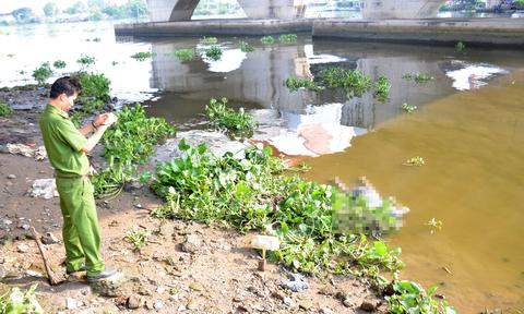 Phát hiện thi thể người đàn ông nổi trên sông Sài Gòn - Ảnh 1