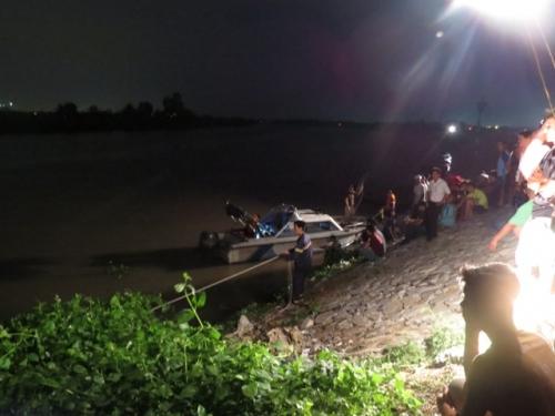 Rủ nhau tắm sông sau giờ tan học, hai học sinh lớp 8 chết đuối  - Ảnh 1