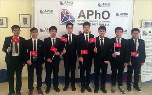 Đoàn Việt Nam đoạt Huy chương vàng Olympic Vật lý châu Á năm 2017 - Ảnh 1