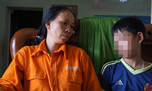 """Người phụ nữ """"giả hộ nghèo"""" để nhận trợ cấp gần 10 triệu đồng bị khởi tố - Ảnh 1"""