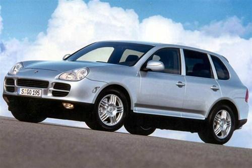 """Porsche triệu hồi hơn 50.000 """"xế sang"""" Porsche Cayenne vì lỗi rò rỉ nhiên liệu - Ảnh 1"""