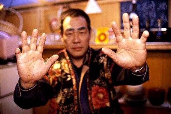 Mười sự thật bất ngờ về tổ chức mafia khét tiếng Nhật Bản - Ảnh 6