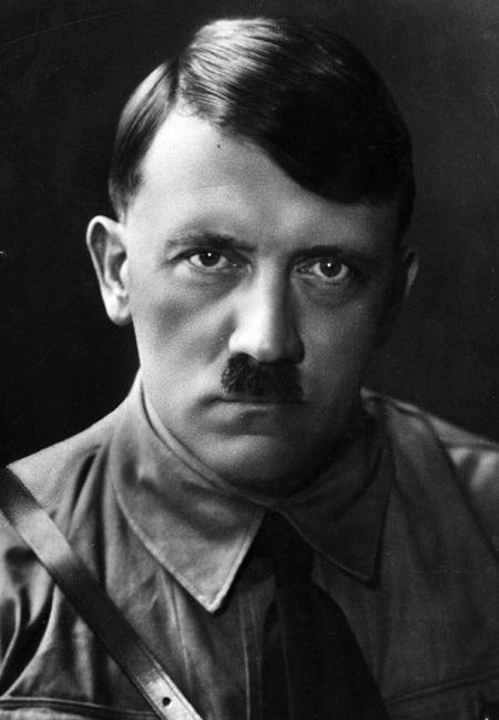 Cựu nhân viên CIA tung bằng chứng trùm ma túy Hitler giả chết bỏ trốn - Ảnh 1