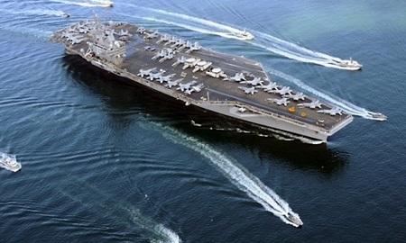 Căng thẳng leo thang, tàu sân bay Mỹ tuần tra gần bán đảo Triều Tiên - Ảnh 1