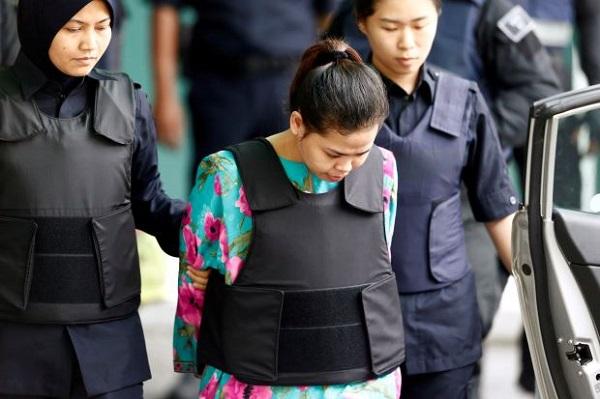 Hỗn loạn tại hiện trường tái hiện vụ sát hại người nghi là anh trai ông Kim Jong-un  - Ảnh 2