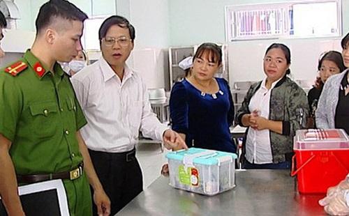 Người gây ngộ độc thực phẩm ảnh hưởng sức khỏe nghiêm trọng 5-20 người có thể bị tù 5 năm - Ảnh 1