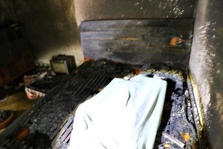 Cháy nhà giữa trưa, mẹ tử vong, hai con bị bỏng nặng - Ảnh 1