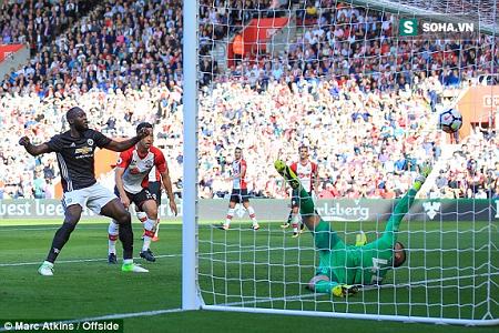 Một Man United hoàn toàn mới sau chiến thắng tối thiểu trước Southampton - Ảnh 1