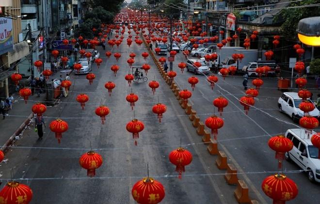 Người dân Châu Á náo nức chuẩn bị đón Tết Đinh Dậu - Ảnh 4