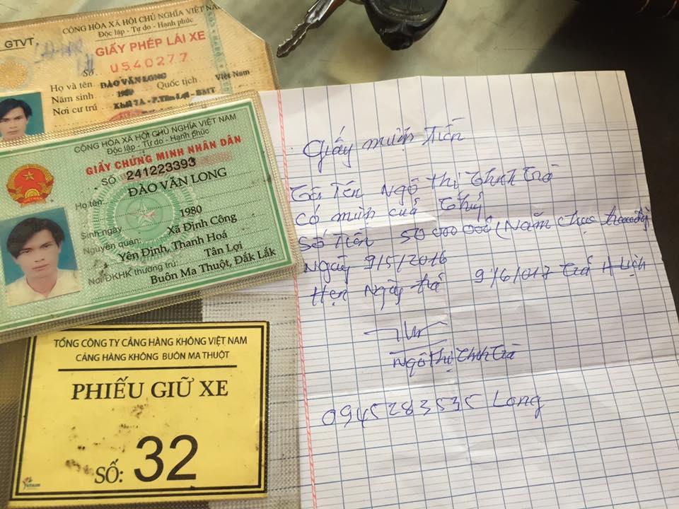 Công an Hà Nội trao trả tài sản cho du khách từ Buôn Ma Thuột đánh rơi ở Thủ đô - Ảnh 1