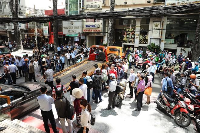 Dẹp vỉa hè: Sài Gòn quyết liệt, Hà Nội không ồn ào - Ảnh 1