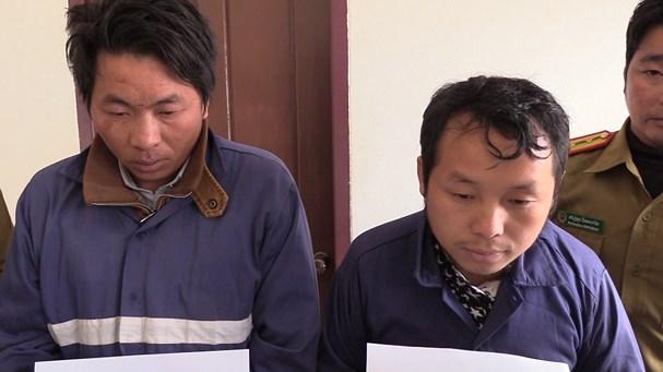 Bắt 2 đối tượng người Lào vận chuyển 18 nghìn viên ma túy - Ảnh 1