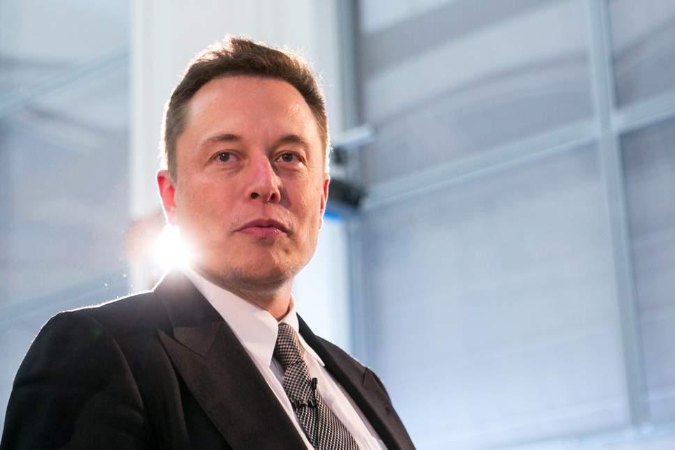 Nhờ mẫu Model 3, công ty xe điện của Elon Musk báo lãi kỷ lục - Ảnh 2