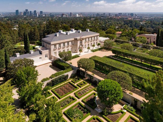 Căn biệt thự đắt nhất tại Mỹ, được rao bán giá 245 triệu USD có gì đặc biệt? - Ảnh 1