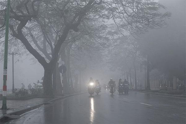 Thời tiết hôm nay 13/11/2018: Hà Nội tiếp tục mưa vào sáng sớm, trời lạnh về đêm - Ảnh 1
