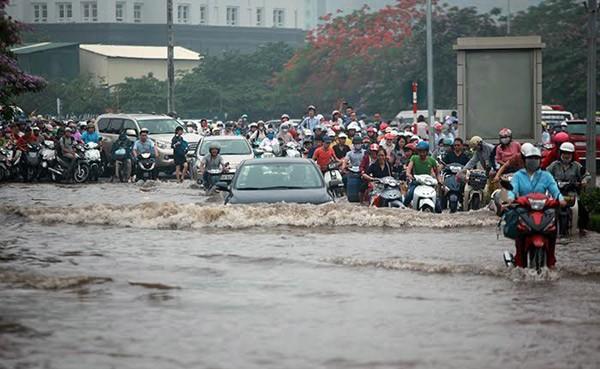 Dự báo thời tiết ngày 25/11/2018: Bão số 9 đổ bộ, đề phòng ngập lụt và lốc xoáy - Ảnh 1