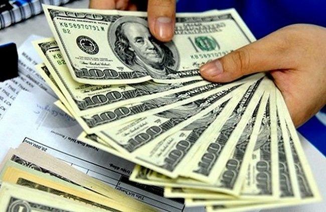 Vụ mua bán 100 USD ở Nghệ An: Hai tiệm vàng bị xử phạt 170 triệu đồng - Ảnh 1