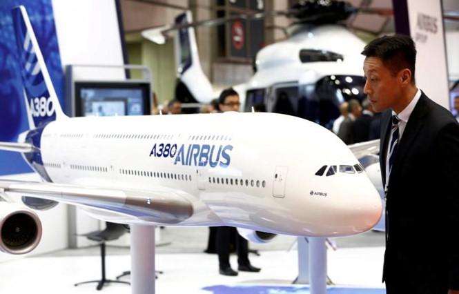 """""""Gã khổng lồ"""" Airbus giao hàng chiếc A320neo thứ 8.000 - Ảnh 1"""