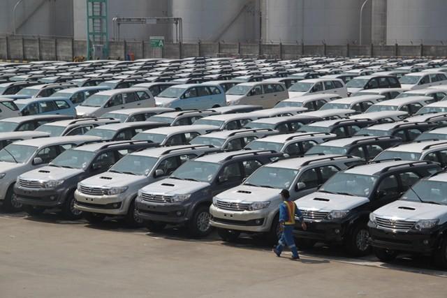 """Ngân sách hải quan """"sụt"""" nghiêm trọng khi không có ô tô thương mại nhập khẩu - Ảnh 1"""