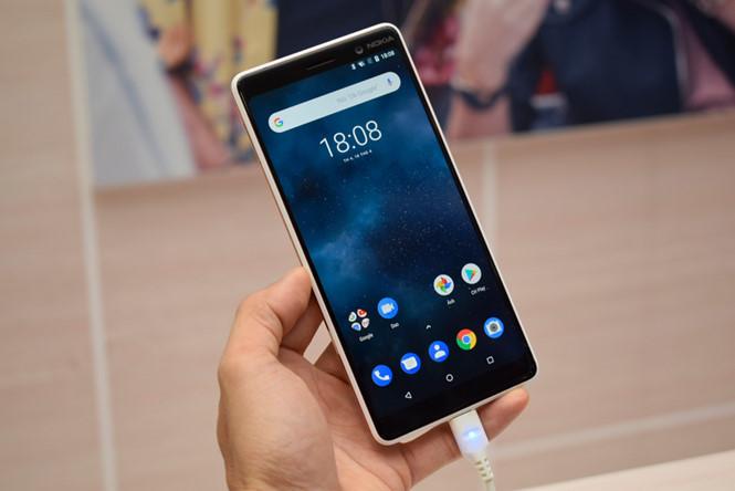 Bộ đôi Nokia 6, 7 Plus về Việt Nam, giá từ 6-9 triệu đồng - Ảnh 1